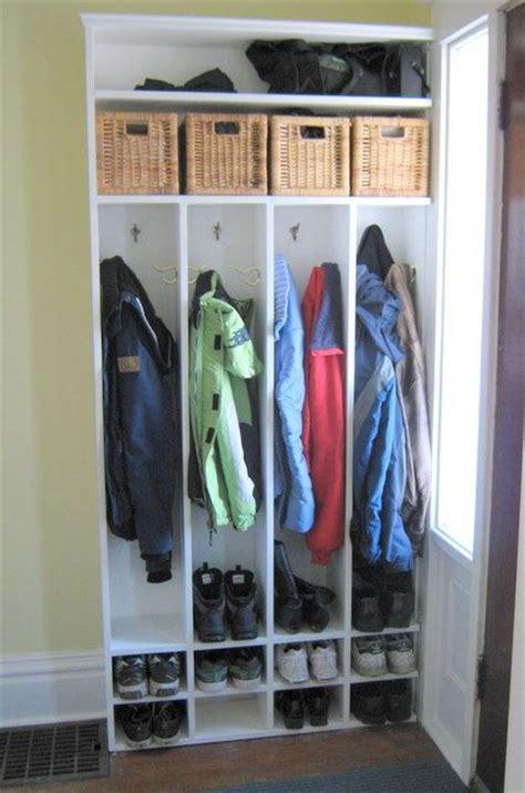 Front Closet Organization Ideas by Best 25 Small Entryway Organization Ideas On