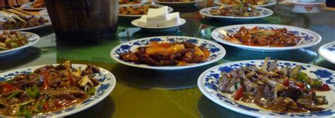 un chinois en cuisine 10 plats traditionnels chinois cuisine chinoise voyage