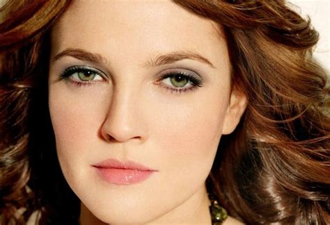 Best Hair Color For Green Eyes And Fair Skin, Olive, Warm