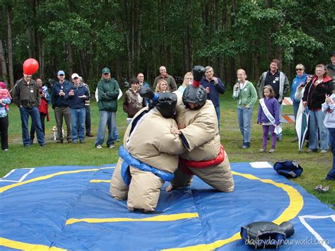 Wordless Wednesday ~ Picnic Fun with Sumo Wrestlers? | Day ...