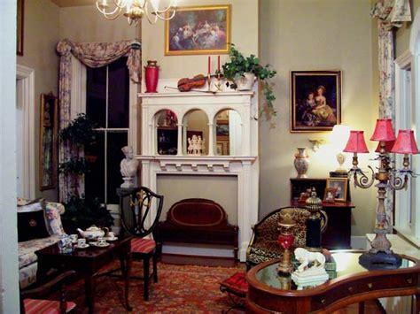 Vintage Home Décor Vs Antique Home Décor What Is The