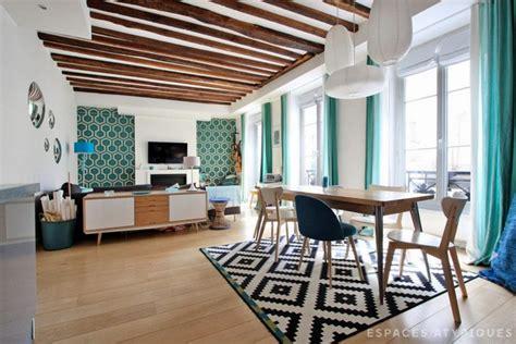 chambre avec poutre appartement parisien rénové avec poutres apparentes