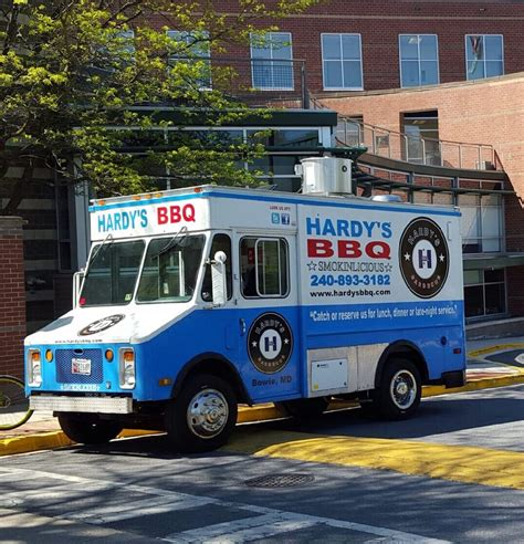 cuisines hardy hardy s bbq catering 20 photos food trucks 14207