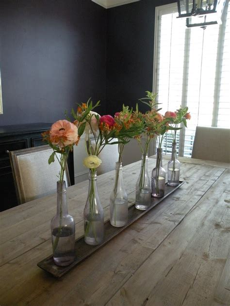flowers    rustic dining room table centerpiece