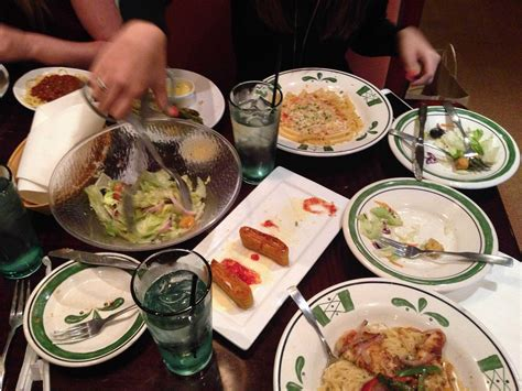 for olive garden can chains survive of casual dining business insider