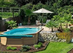 décoration jardin autour piscine
