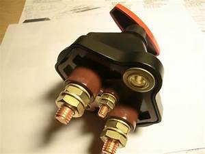 Batterie De Tracteur : coupe circuit batterie ~ Medecine-chirurgie-esthetiques.com Avis de Voitures