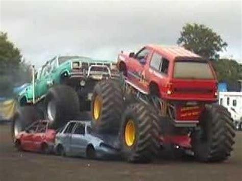 youtube monster truck show bigfoot monster trucks show youtube