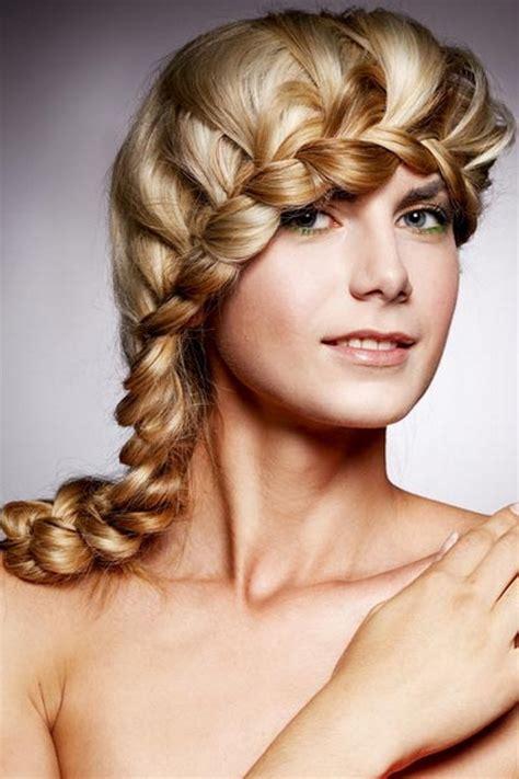 Schöne Einfache Frisuren Für Mittellange Haare