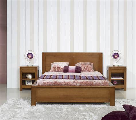 chambre a coucher moderne en bois massif lit collection nature 160 200 en chêne massif de style