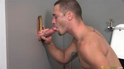 Gloryhole Stretched Pleases Valentina The Very