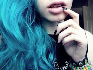 blue hair, girl, hair - image #278061 on Favim.com