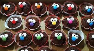 Rezepte Für Geburtstagsfeier : muffins mit gesicht f r kinder kinderrezepte pinterest backen kuchen und kinder kuchen ~ Frokenaadalensverden.com Haus und Dekorationen