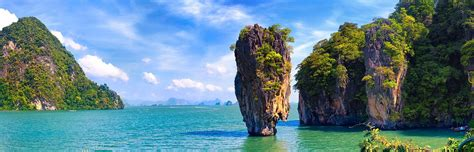 thailand moves  require travel insurance