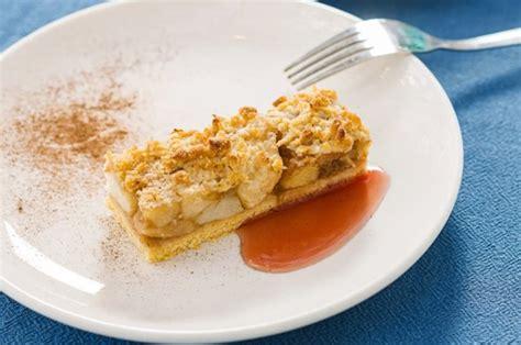 Tartë me mollë dhe kanellë - Ëmbëlsira