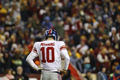 york giants bench quarterback eli manning toronto star