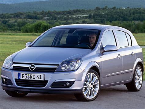 Opel Astra H by Opel Astra H Aut 243 Navig 225 Tor Hu