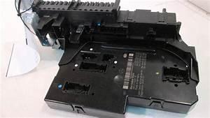 2011 Mercedes C300 Sam Mod Fuse Box 2049060505