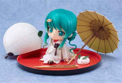 nendoroid snow miku strawberry white kimono ver