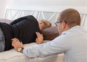 Richtige Matratze Finden : in 4 schritten die richtige matratze finden nachtmanufaktur ~ Frokenaadalensverden.com Haus und Dekorationen