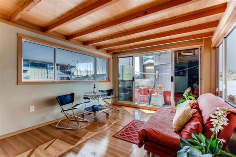 Boat Slip For Sale Seattle by Seattle Houseboat And Slip Caratello Sold