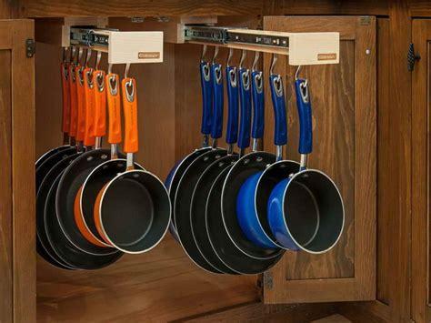 Modern Interior Pot Storage Ideas