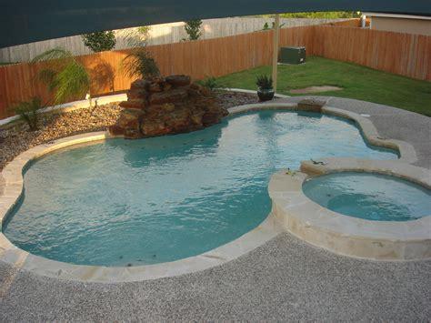 16 Swimming Pool Company