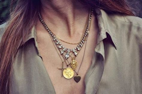 25 Ways How to Mix Gold and Silver Jewellery | Jewellery ...