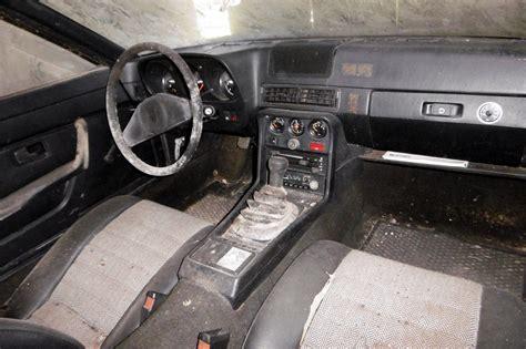Get both manufacturer and user submitted pics. Scheunenfund: 1977 Porsche 924