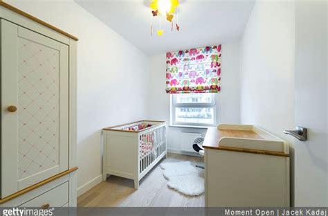 lumiere chambre quel éclairage dans la chambre de bébé le mag bebe