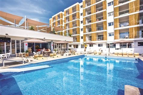 Playa Den Bossa Hotels