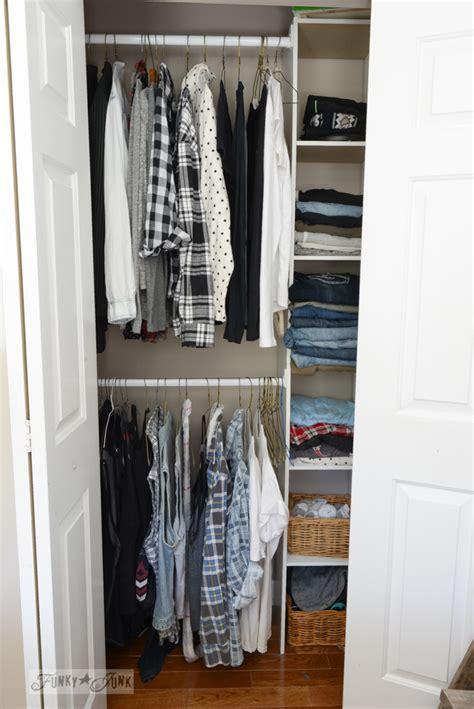 build  easy clothes closet    kitfunky junk interiors