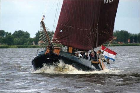 Platbodem Huren Lauwersmeer by Hoek Visserman Aak Sulis 6 8 Personen Thuishaven Makkum