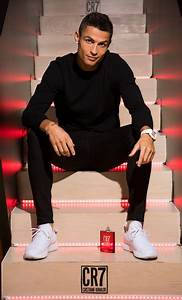 Cristiano Ronaldo Parfum : cristiano ronaldo photos photos cr7 cristiano ronaldo fragrance unveiling zimbio ~ Frokenaadalensverden.com Haus und Dekorationen