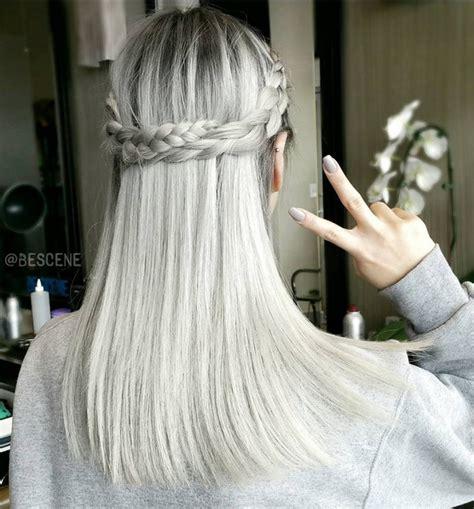 trendiest hairstyles  medium length hair popular