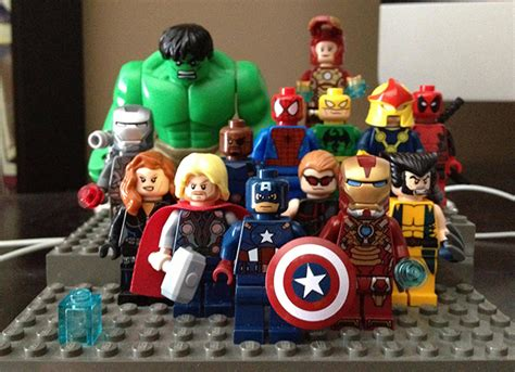 figure  lego marvel superheroes panels  pages