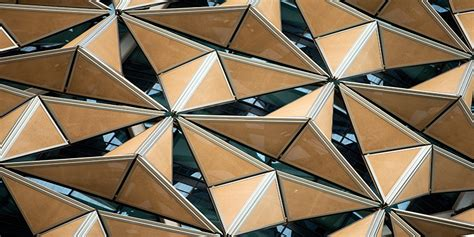 Innovations in dynamic architecture | Journal of Facade ...