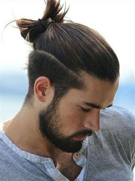 mens hairstyles   long curly hair men