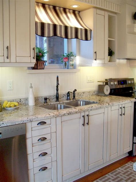 Ideas For Decorating A Kitchen by Cafe Kitchen Decorating Pictures Ideas Tips From Hgtv