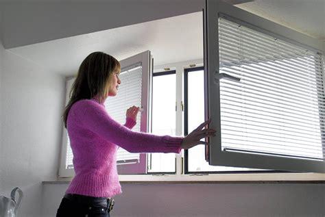 luftfeuchtigkeit zu hoch feuchtigkeit im schlafzimmer bettw 228 sche 240 220 rei 223 verschluss f 252 r kaufen einrichtung