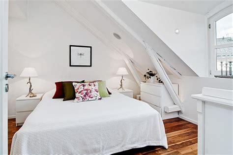 badezimmer holzoptik schlafzimmer mit dachschräge gemütlich gestalten freshouse