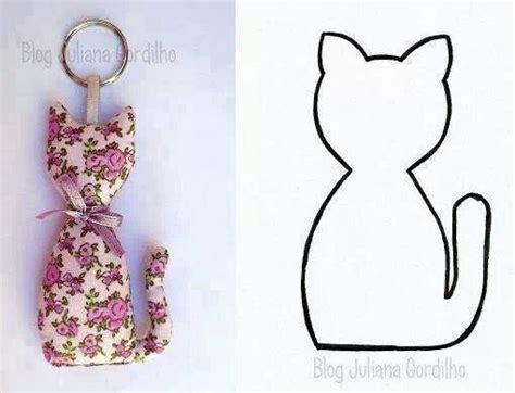Patron Couture Chat Media Pc Wohnzimmer Wohnideen Grau Barbie Für Ikea Regal Ideen Braun Luftfeuchtigkeit Glastüren