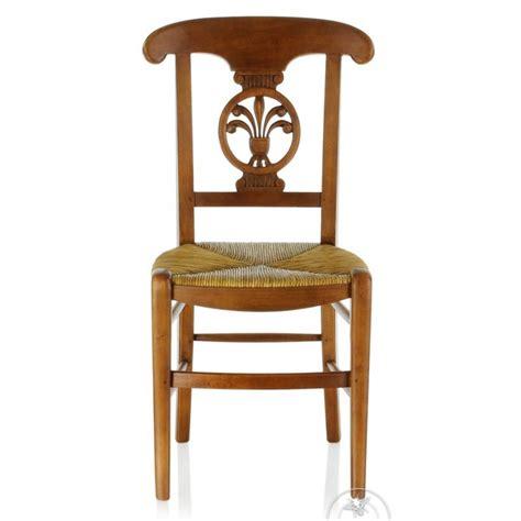 chaise en bois et paille chaise ancienne bois et paille palmette saulaie