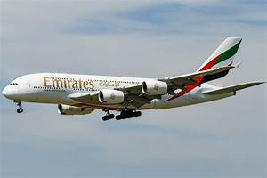 Schiphol Welcomes First (Emirates) Airbus A380 by ...