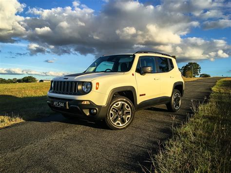 jeep trailhawk 2016 jeep renegade trailhawk review caradvice