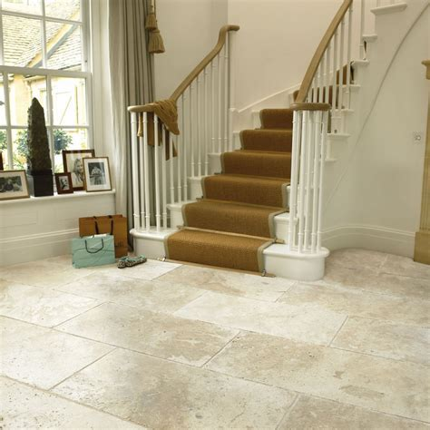 Classical Flagstones Savannah (White) Travertine Tiles