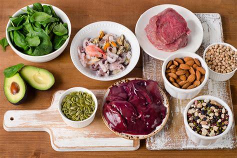 alimenti ricchi  zinco la lista  le informazioni utili