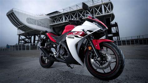 Yamaha R25 Backgrounds by 一分半鐘看完yamaha R3