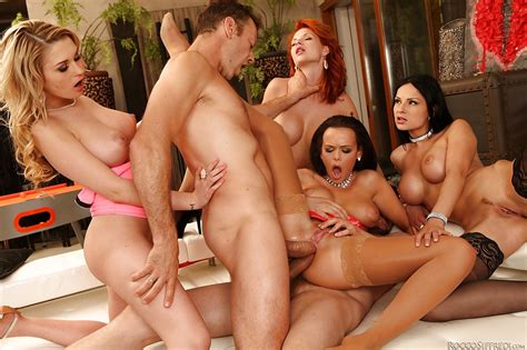 Smoking Hot Pornstars Enjoy A Groupsex With Two Well Hung Guys