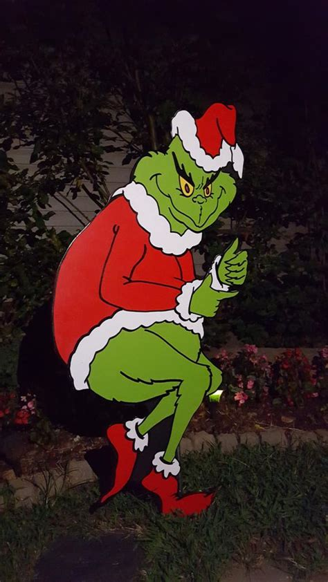 The Grinch Outdoor Decorations - grinch yard the grinch is stealing yard